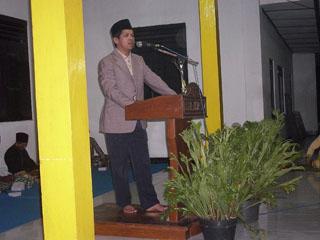 Gb. Lurah desa Wareng Bp Sakiyo SSos memberikan sambutan
