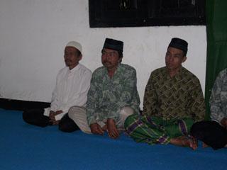 Gb.sebagian tokoh masyarakat desa Wareng juga mengikuti pengajian