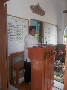 Gb. Ustazd Ngajiran ,ketua panitia menyampaikan sambutan