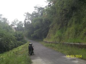 Gb. Jalan yang mulus menuju Bukit Turgo